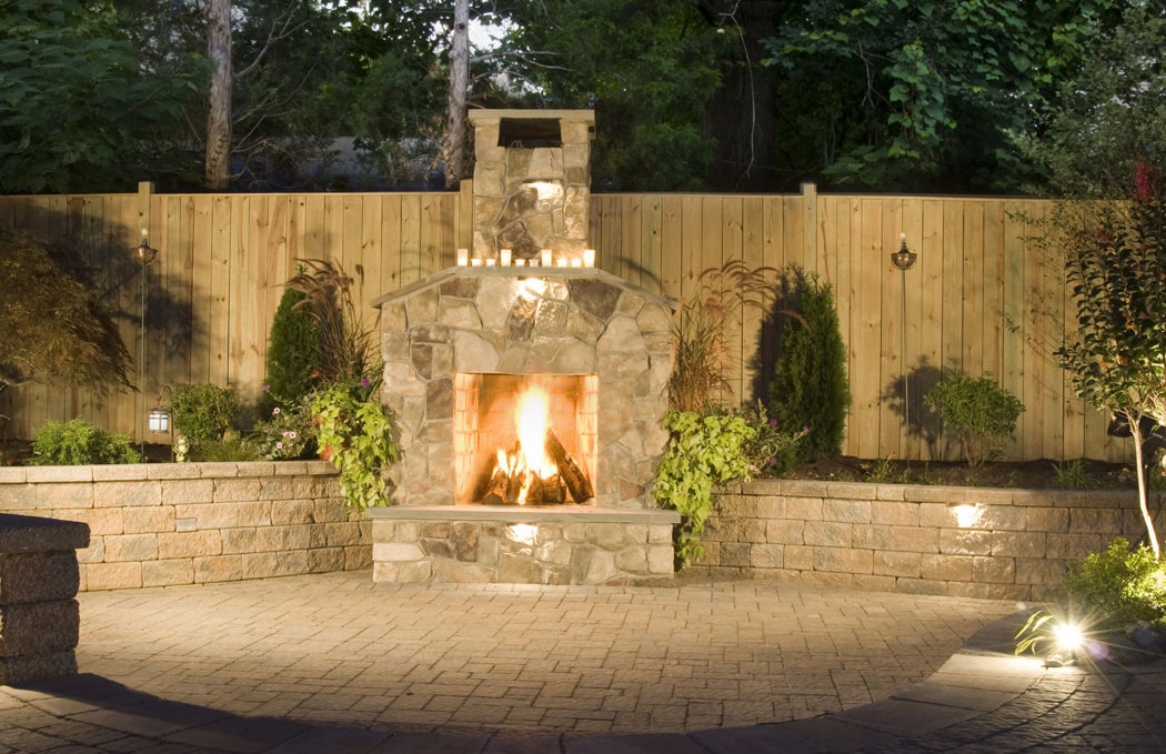 Outdoor-Fire-Place-Arlington