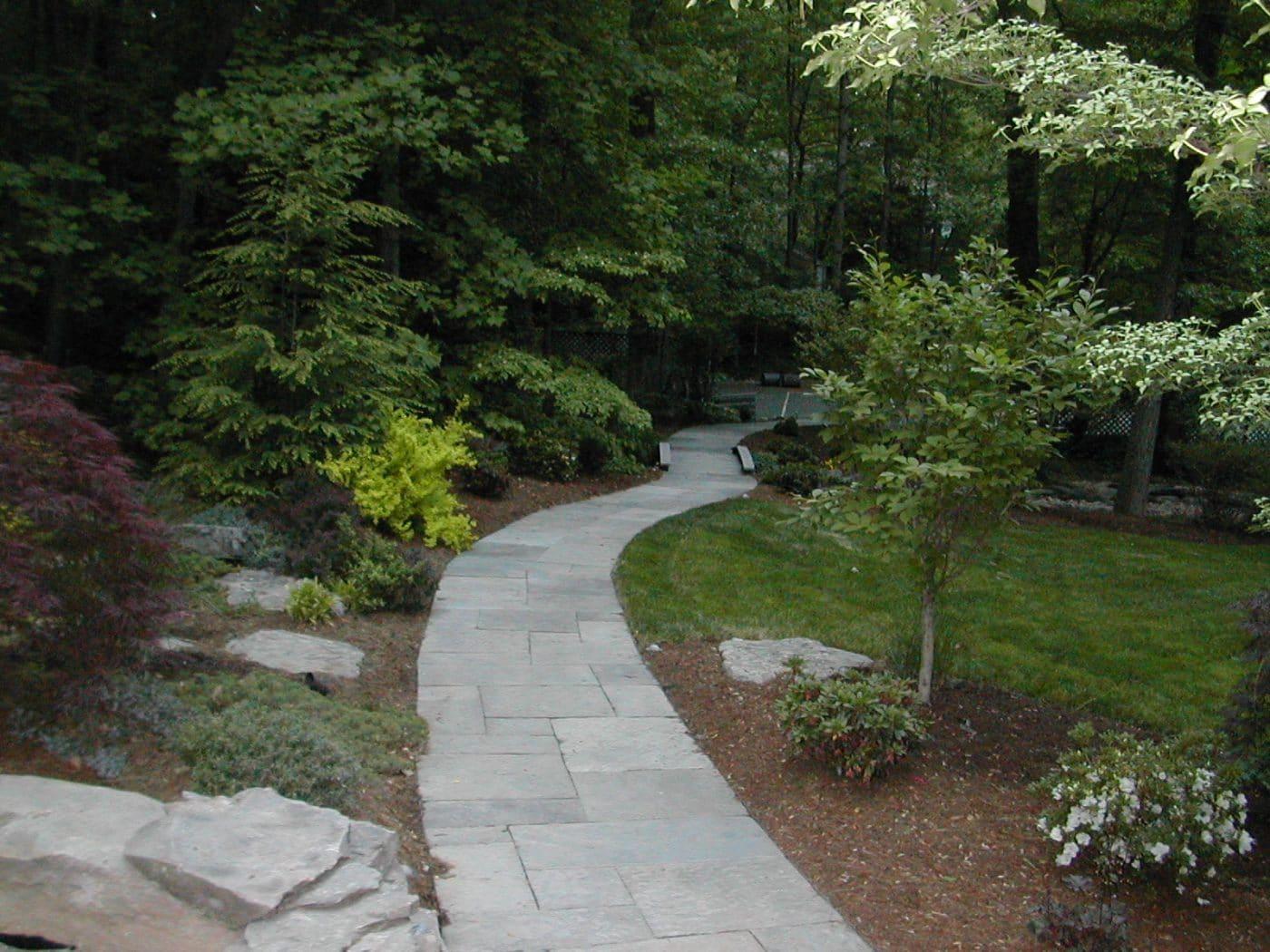 Flagstone walkway ideas flagstone patio ideas fanciful for Flagstone designs